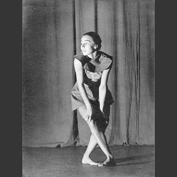 »Günther planned a school offering a variety of different teaching courses within the fields of modern physical education and dance. [...]. She planned to offer [...] gymnastics, rhythmic gymnastics and artistic dance [...].«[3] (Maja Lex around 1930)