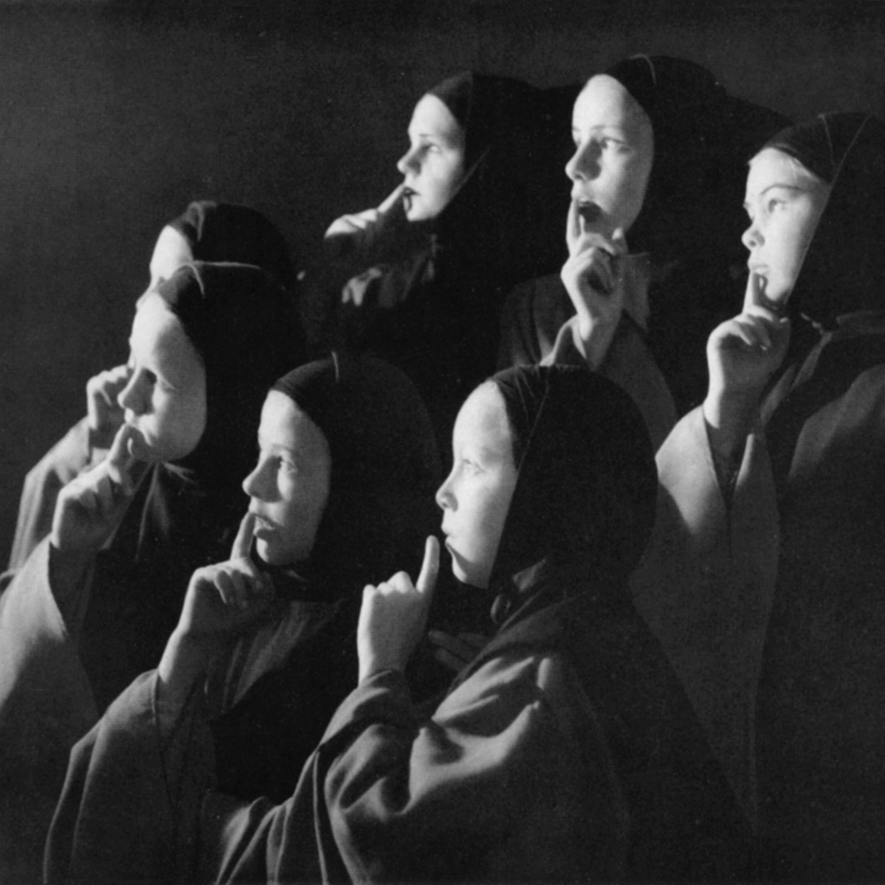 (Angels' chorus, stage photo of the first televised performance 1956)